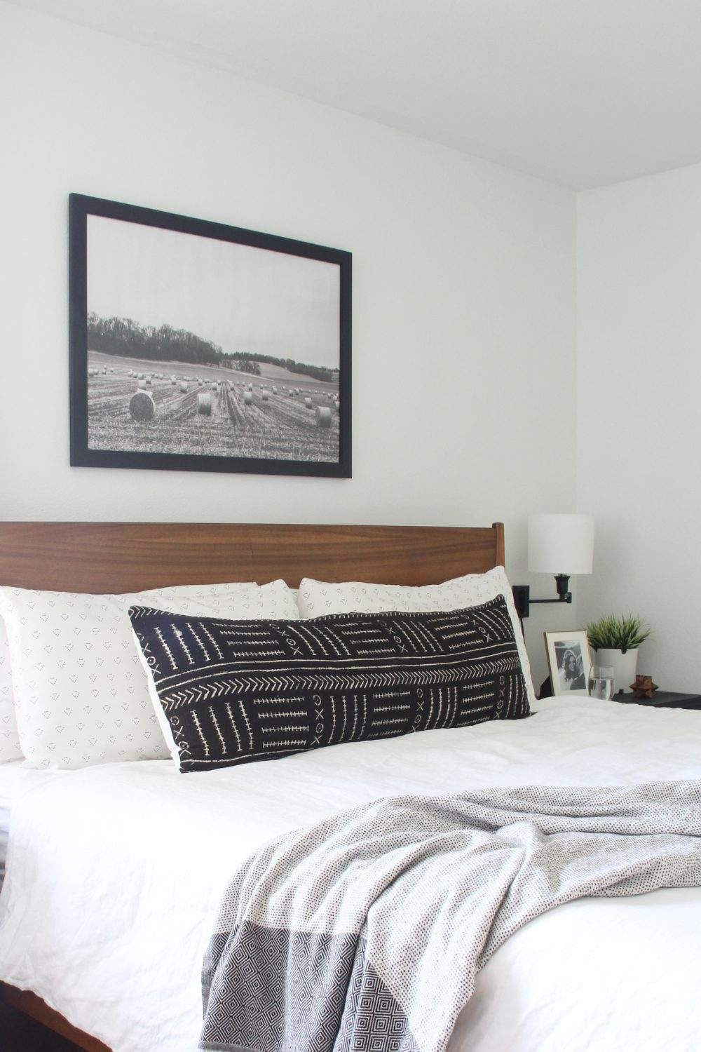 Large art above bed in master bedroom | Melissa Lynch | melissalynch.com