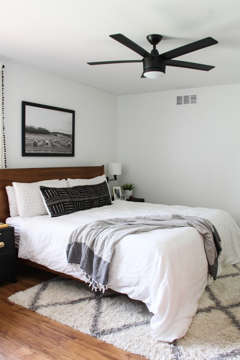 Black and white master bedroom | Melissa Lynch | melissalynch.com