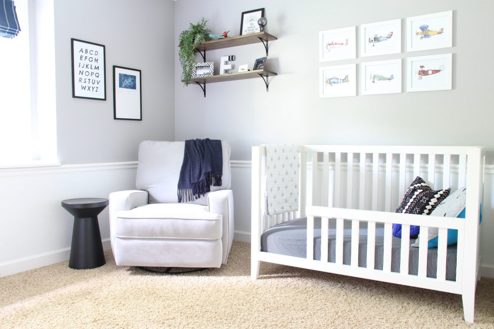 Boy's airplane toddler room | Melissa Lynch | melissalynch.com