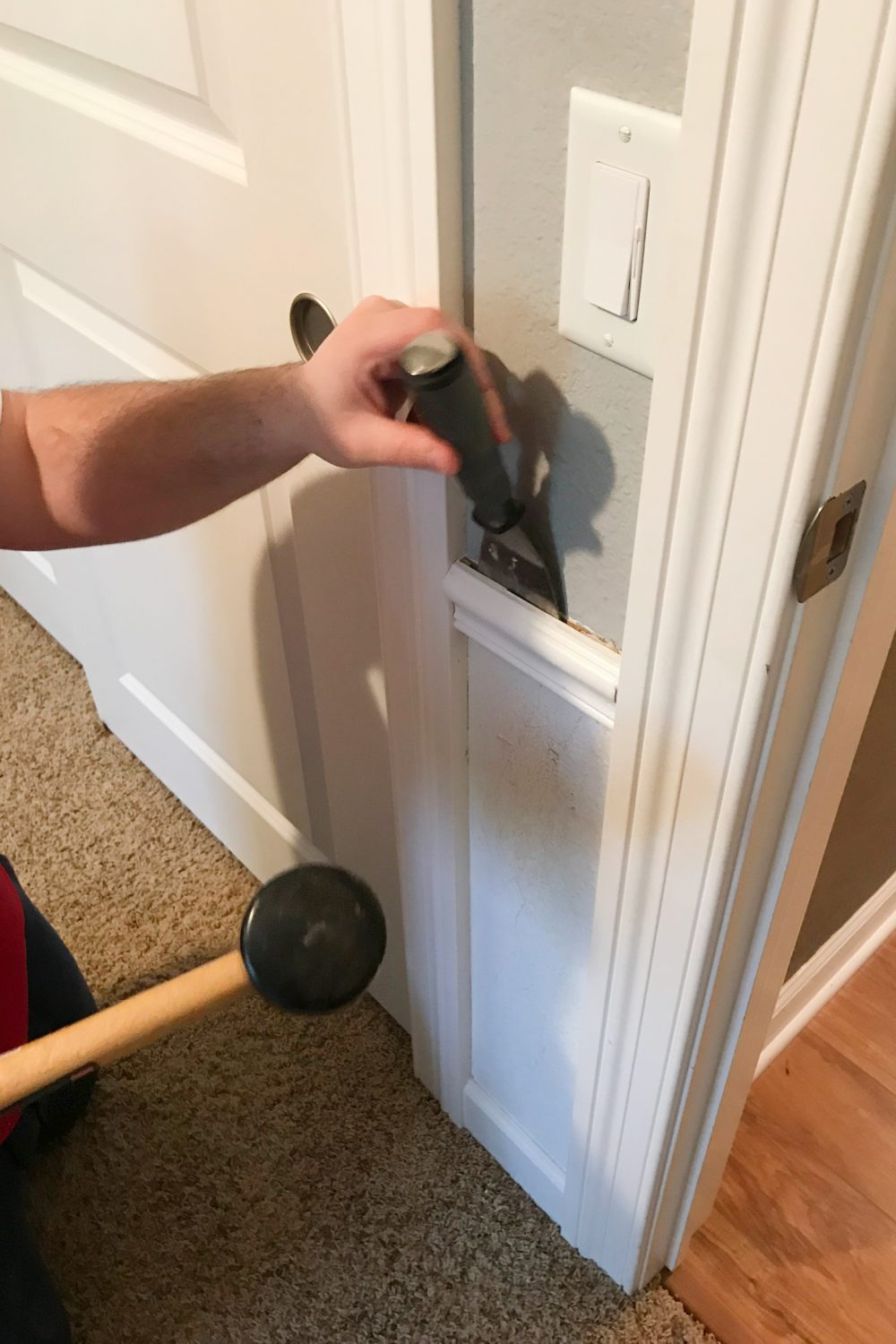Removing chair rail | Melissa Lynch | melissalynch.com